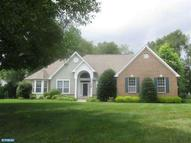 25 Cloverdale Way Columbus NJ, 08022