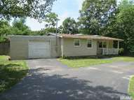 6 Propose Rd Shirley NY, 11967