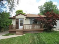 23445 Elmira Street Saint Clair Shores MI, 48082
