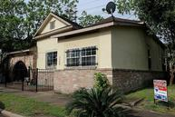 2609 Elysian St Houston TX, 77009