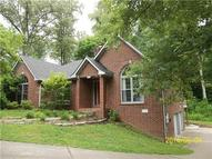 295 Woodlands Dr Kingston Springs TN, 37082