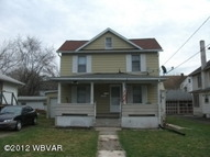 1138 Almond Street Williamsport PA, 17701