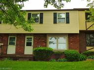 1805 Higby Dr Unit: A Stow OH, 44224