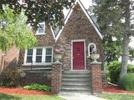 452 Madison Street Grosse Pointe Farms MI, 48236