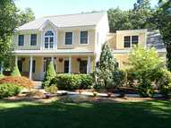 32 Sophia Lane Greenville RI, 02828