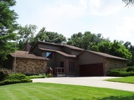 351 E High Circle Dr Warsaw IN, 46580