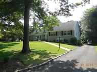 9 Robert Dr Chatham NJ, 07928