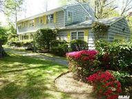 61 Crescent Beach Rd Glen Cove NY, 11542