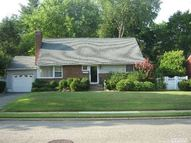 51 Willits Rd Glen Cove NY, 11542