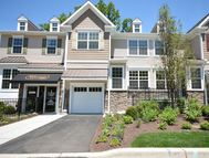 6 Masterson Court 303 Waldwick NJ, 07463