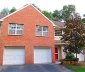 203 Hidden Woods Ct Piscataway NJ, 08854