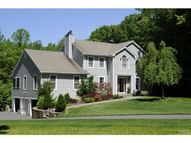 34 Greenbriar Road Oxford CT, 06478