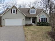 24 Laurel Rdg East Hampton CT, 06424