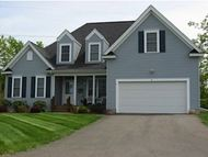 4 South Parrish Drive 4 Londonderry NH, 03053