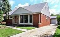 7825 North Octavia Avenue Niles IL, 60714