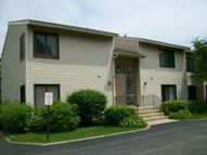 80 Commonwealth Court 2 Vernon Hills IL, 60061