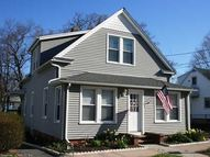 77 Rangely St West Haven CT, 06516