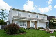 32 Carriage Rd Roslyn NY, 11576