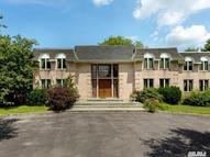 25 Woodhill Ln Glen Head NY, 11545