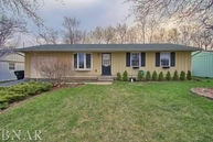 1227 Dogwood Lane Bloomington IL, 61704