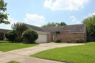 206 Kings Ct Stafford TX, 77477