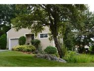 32 Doggett Lane Nashua NH, 03064