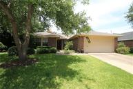 2122 Westminister St Pearland TX, 77581