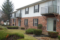 412 Crystal Valley Dr Apt 14 Middlebury IN, 46540