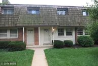 431 Hampton Court 137 Falls Church VA, 22046
