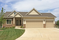 822 Threewood Ct Andover KS, 67002