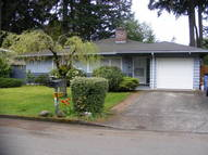 1929 Se 114th Place Portland OR, 97216