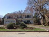 41 Scarsdale Dr Livingston NJ, 07039