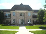2740 Georgetowne Dr Highland IN, 46322