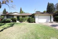 5517 Whitfield Carmichael CA, 95608