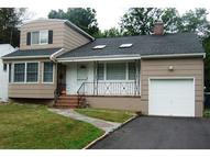 6 Nomahegan Ct Cranford NJ, 07016