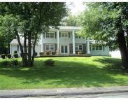 38 Crowningshield Dr Paxton MA, 01612