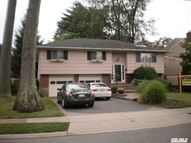2300 Lindenmere Dr Merrick NY, 11566