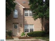 10 Rampart Dr Chesterbrook PA, 19087