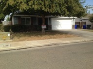 944 Lybarger Ave Porterville CA, 93257