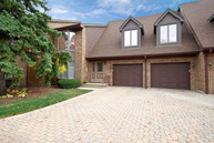 8 Kings Court Westchester IL, 60154