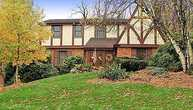 222 Carriage Lane Upper Saint Clair PA, 15241