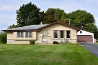 W236n6453 Hillview Dr Sussex WI, 53089