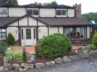 102 Cherry Lane Saxonburg PA, 16056