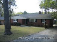 1413 Briarcliff Fayetteville NC, 28305