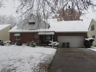5057 Clement Ave Maple Heights OH, 44137