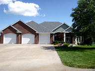 1102 Brookmount Dr Maryville MO, 64468