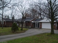 8067 Elmhurst Dr Broadview Heights OH, 44147