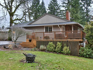 2095 Valley View Dr. West Linn OR, 97068