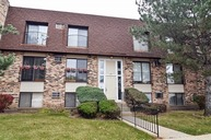 172 South Waters Edge Drive 201 Glendale Heights IL, 60139