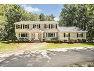 69 Country Club Dr Woodbridge CT, 06525
